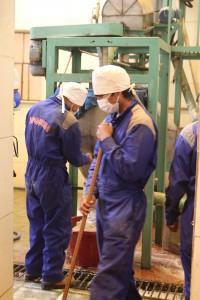 quinoa-workers